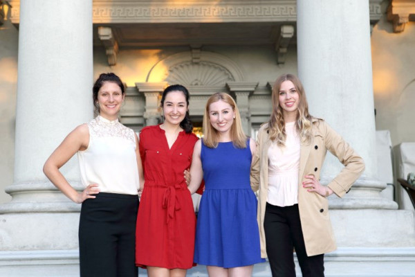 Canadian Women in PR_ Students_ Become a Member